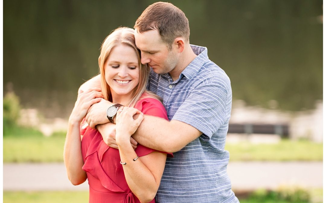 Elizabeth & Shea | Centennial Park Engagement Photos
