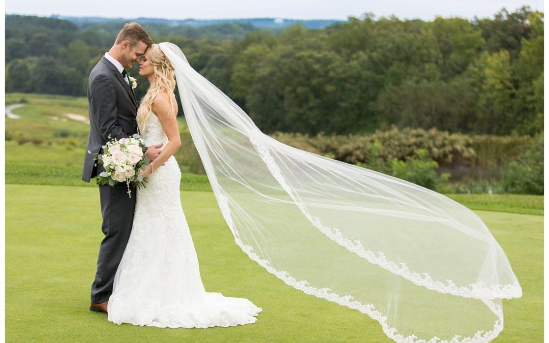 Catholic Church and Golf Course Wedding | Maria & Andrew