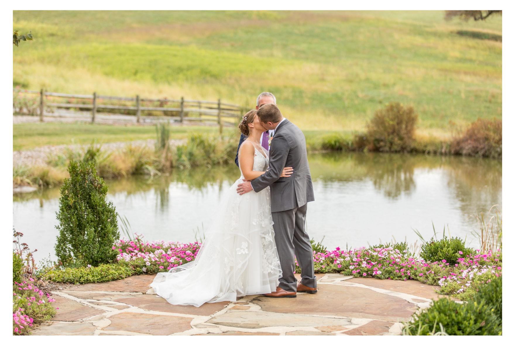 Glen Ellen Farm Wedding. Fall Wedding. Frederick Wedding Photography. Ijamsville Maryland Wedding