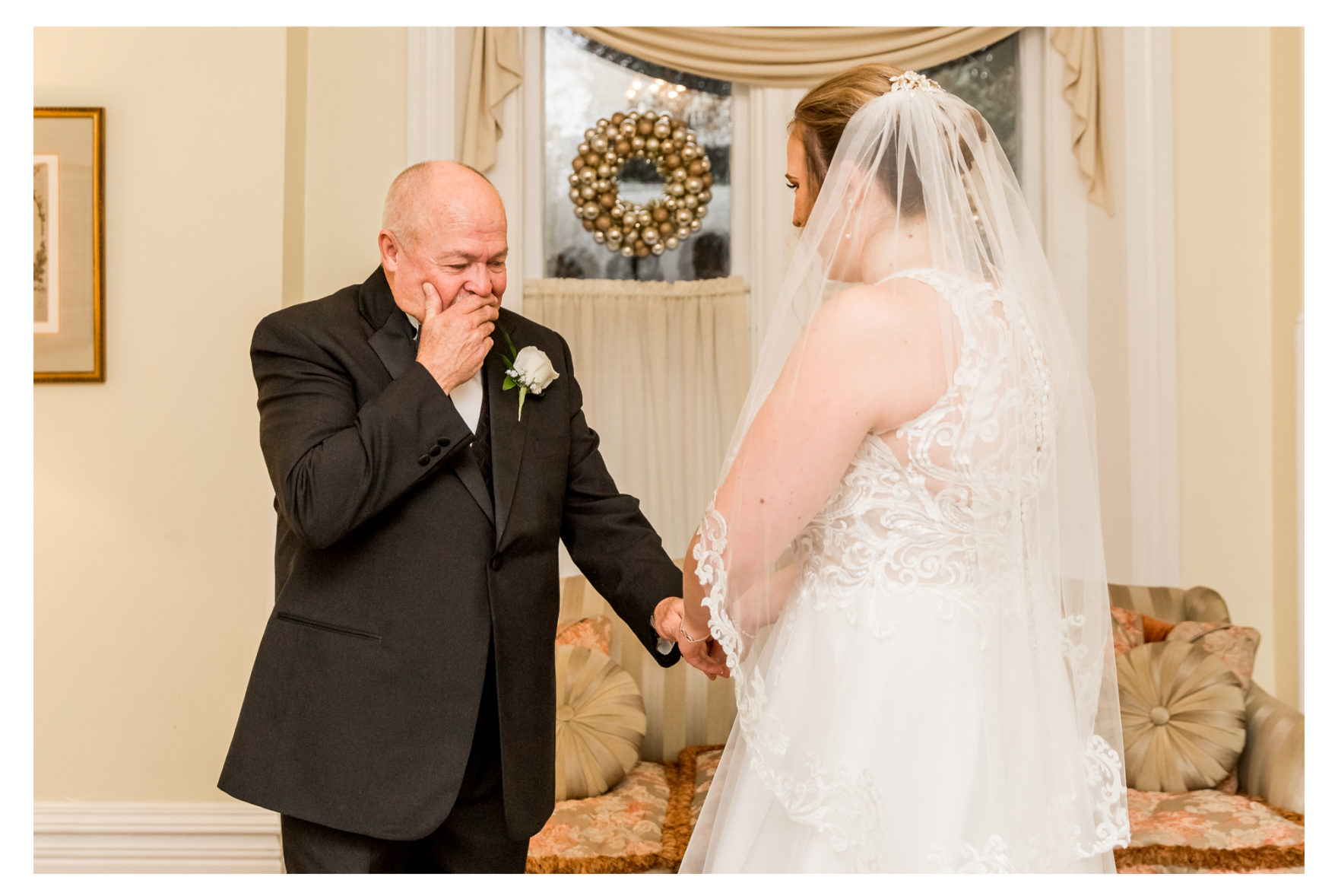 Cold Rainy Fall Wedding Day. Frederick Maryland Wedding Photographer. Frederick Weddings. Ceresville Mansion. Dreary Wedding Day