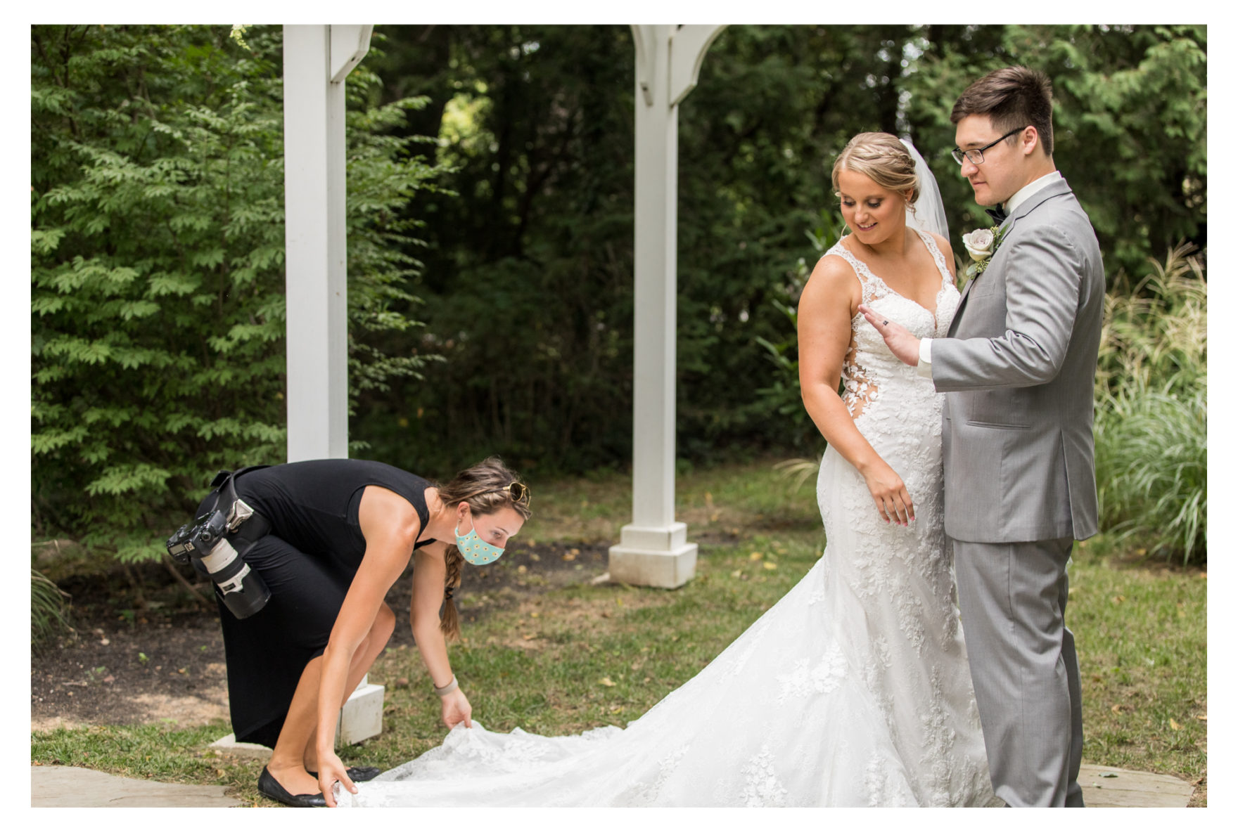 Wedding Photographer Behind the scenes. maryland wedding photographer. wedding veils. wedding dress. dress fluffing. second photographer 2020